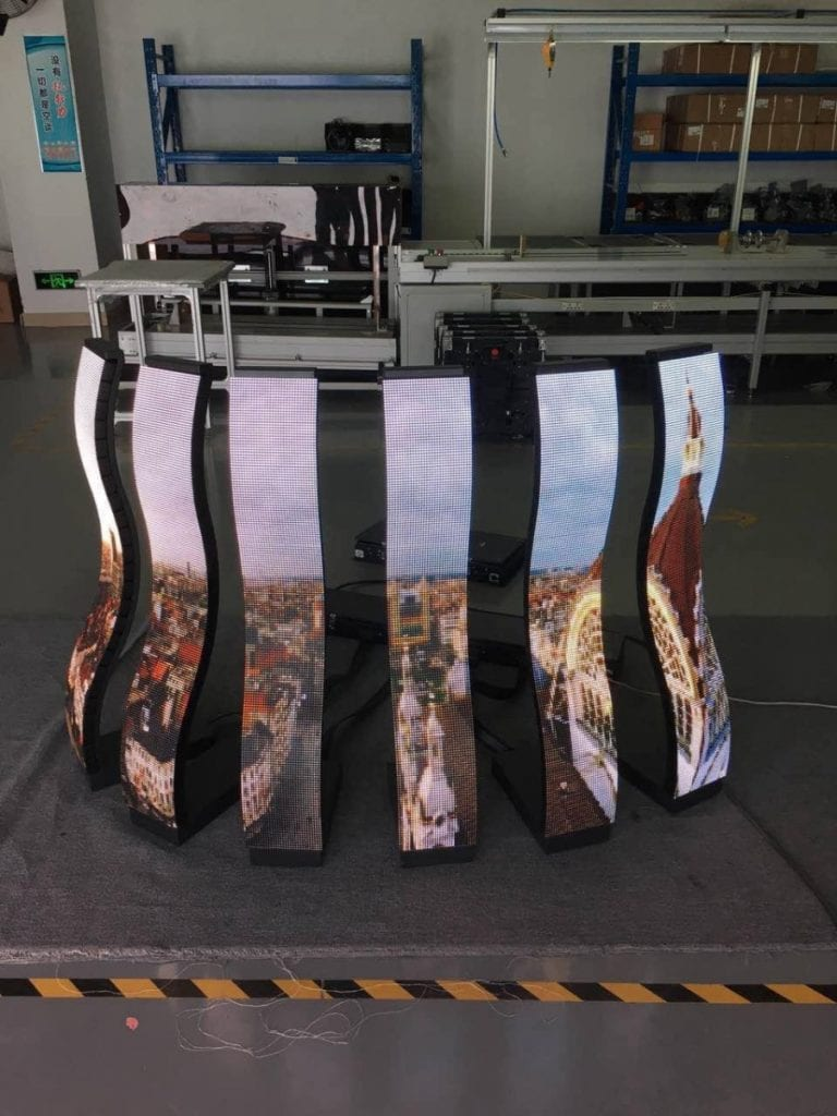 Flexible curved LED display S shapes 901x1201