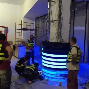 Colonne de LED Flexible installation