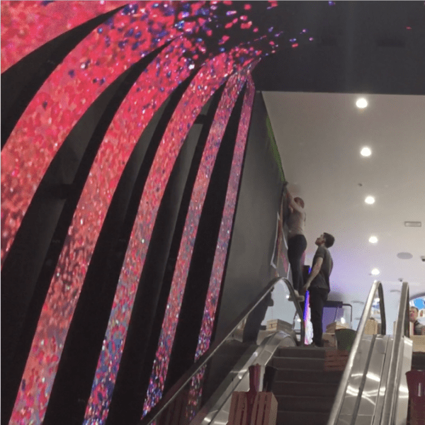 Arch Flexible LED curved escalator display