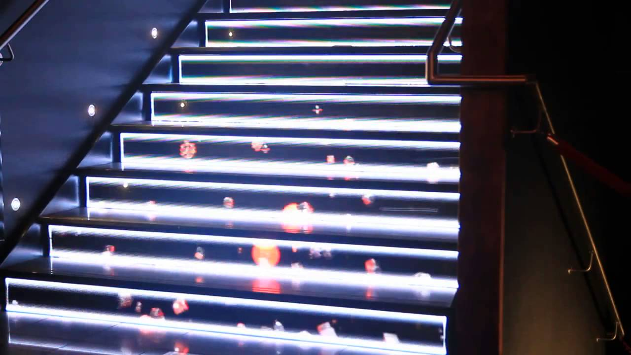 Nice LED Staircase Display Maxres