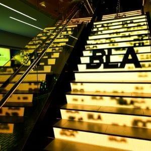 Écran d'affichage LED escalier