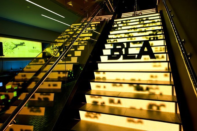 LED Staircase Display Screen