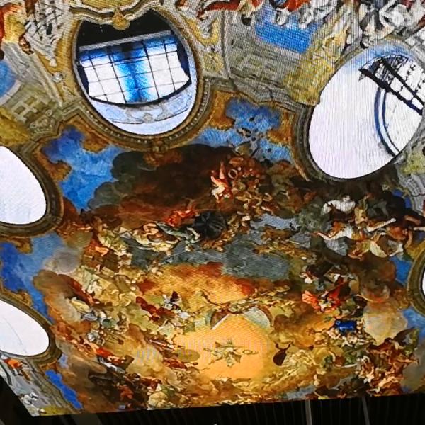 Display ceiling screen LED fresco