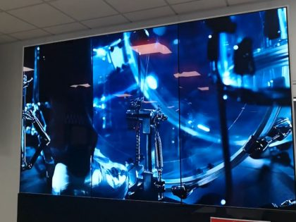 OLED screen display video wall