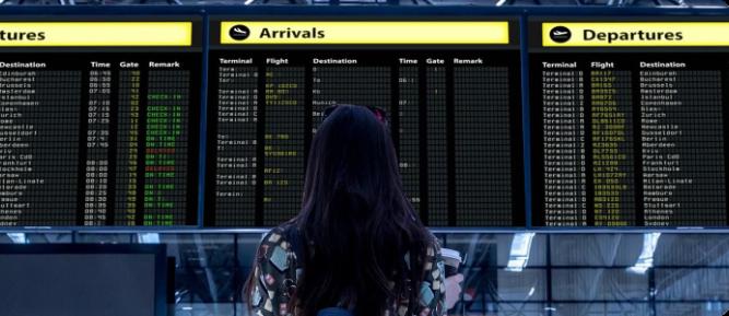 Airport-min-1-information-board-display