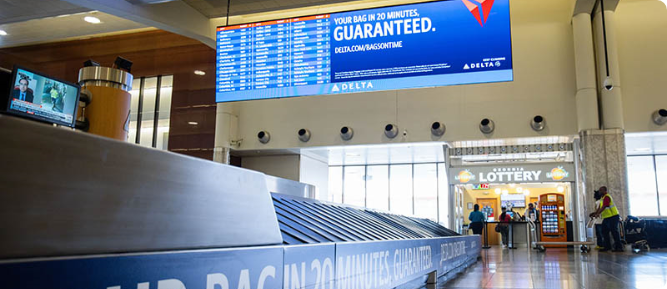 Atlanta-Hartsfield-Jackson-Airport-information-traveller-display