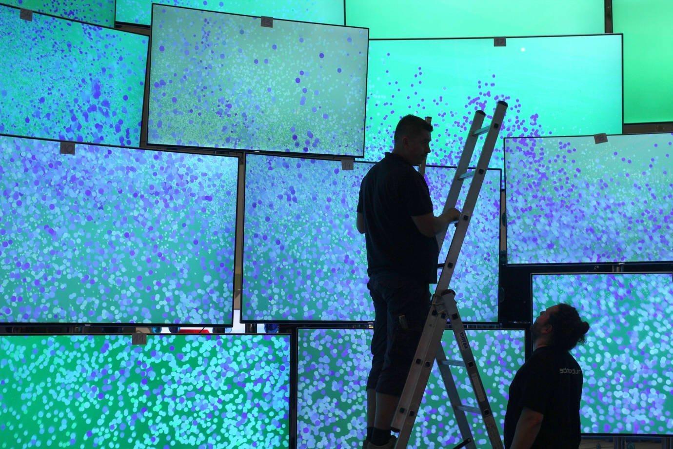 screen led installation