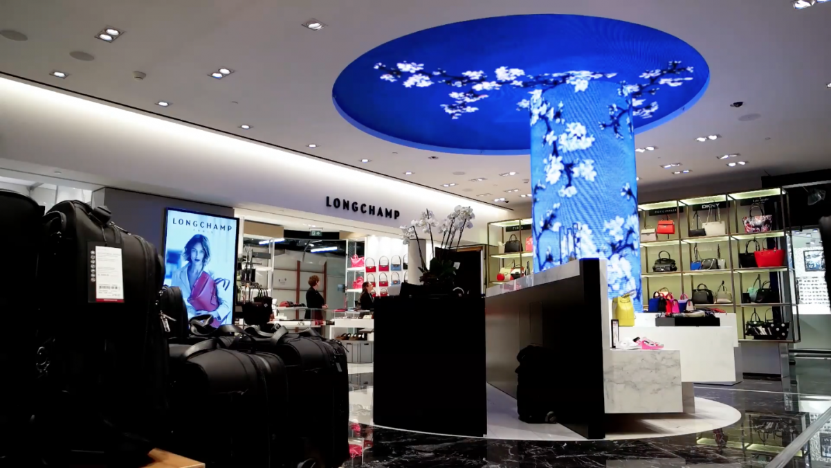 Final result led screen display flexible bendable column ceiling