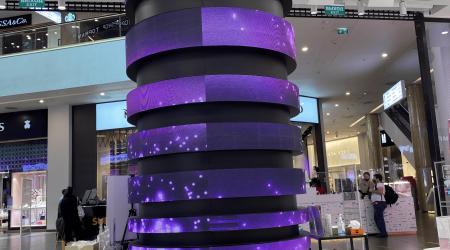 Column LED display screen galeria mall Saint Petersburg - led flexible POS