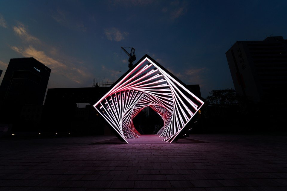 Non-interactive-LED-floor-led-display-screen-for-accumulation-1