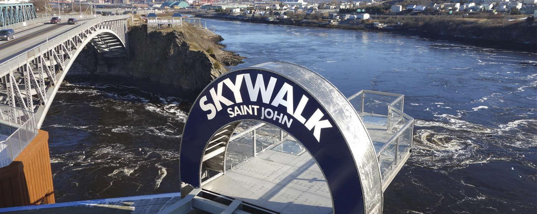 skywalk-saint-john-arch-