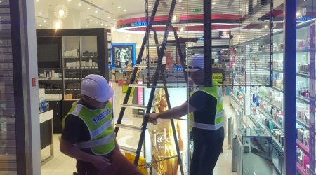 display store installation led screen