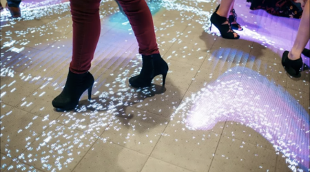 Led floor interactive display planete 13 Las vegas4 .jpg